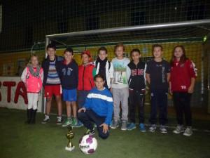 Das stolze Siegerteam beim Fußballturnier der Mannheimer Jugendtreffs