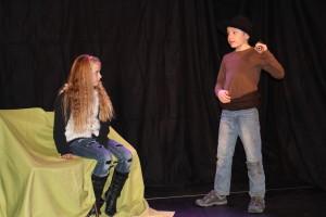 Ronja bekommt weise Ratschläge von ihrem Vater Mattis